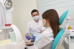 Консультация пациента по реставрации зубов кандидата медицинских наук Грохотова Ильи Олеговича